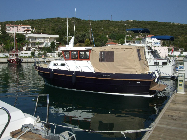 Tacar Mini Trawler exterior